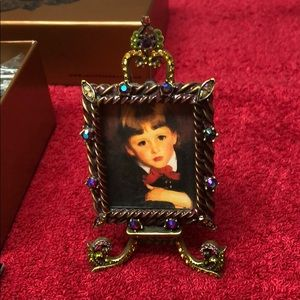 Jay Strongwater picture frame with box.